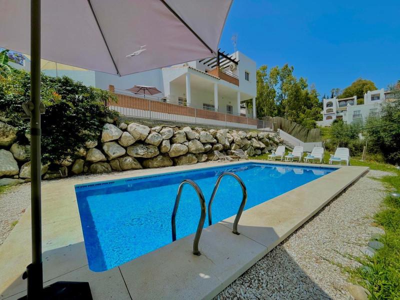 Marbella Banus Villa – Chalet en venta en Benalmadena – R3351295