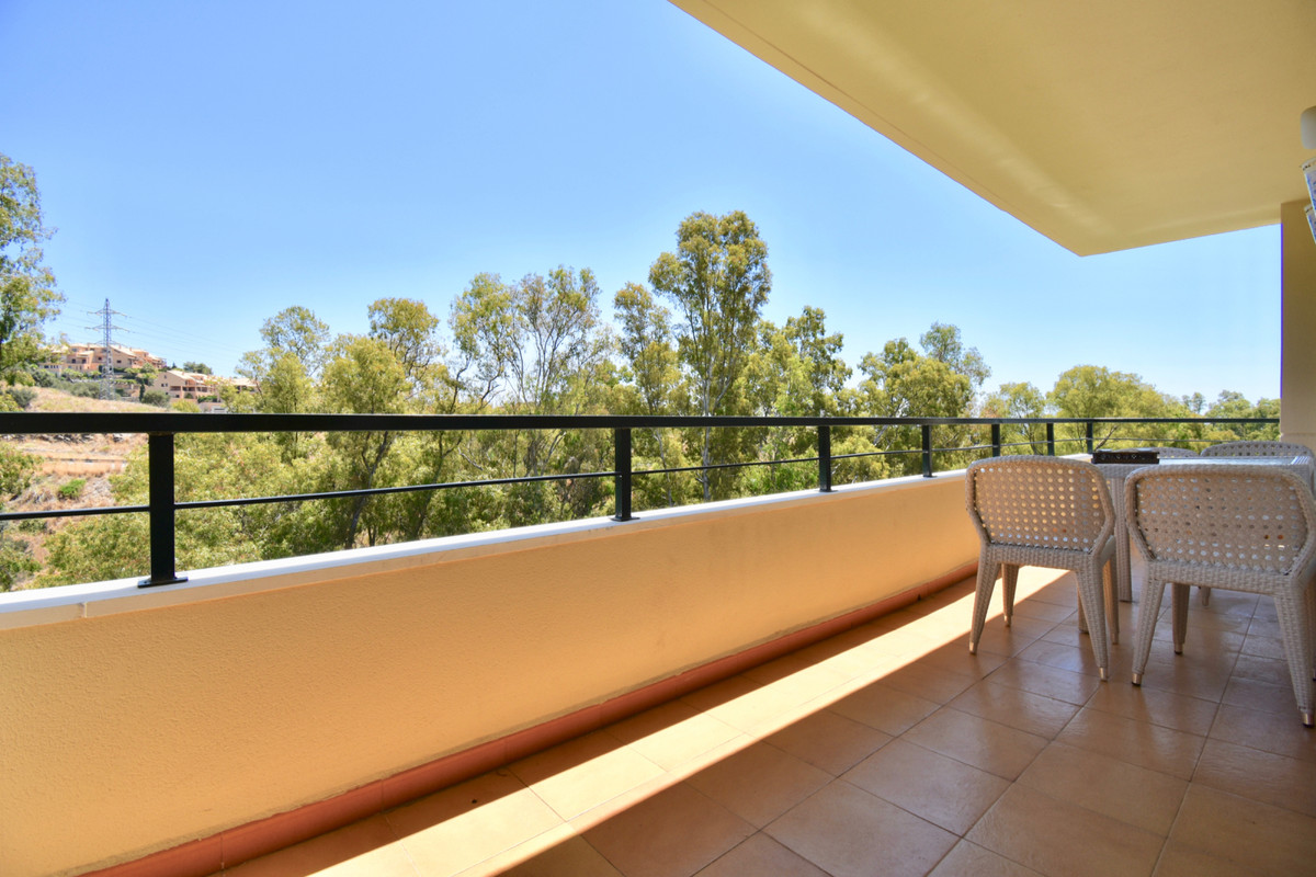 Contemporary apartment with large terrace and panoramic views in lower part of Calahonda within walk,Spain