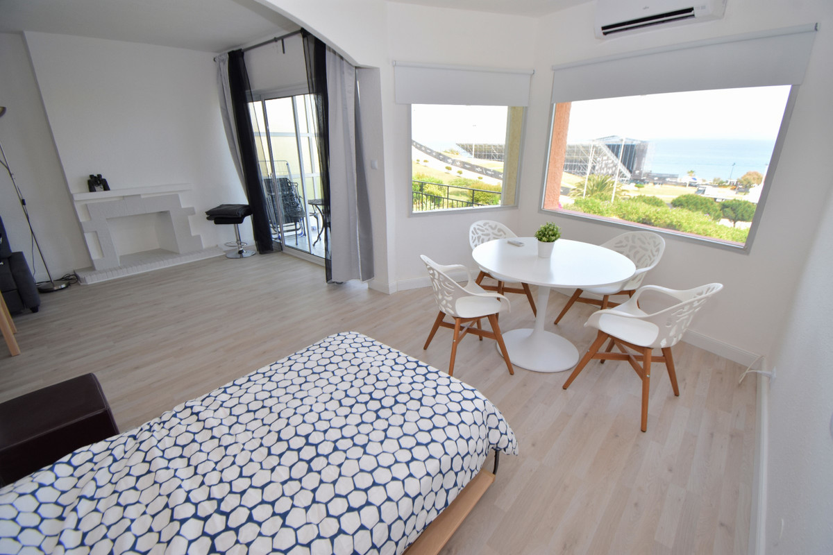 Short Term Rental - Middle Floor Apartment - Fuengirola - 3 - mibgroup.es