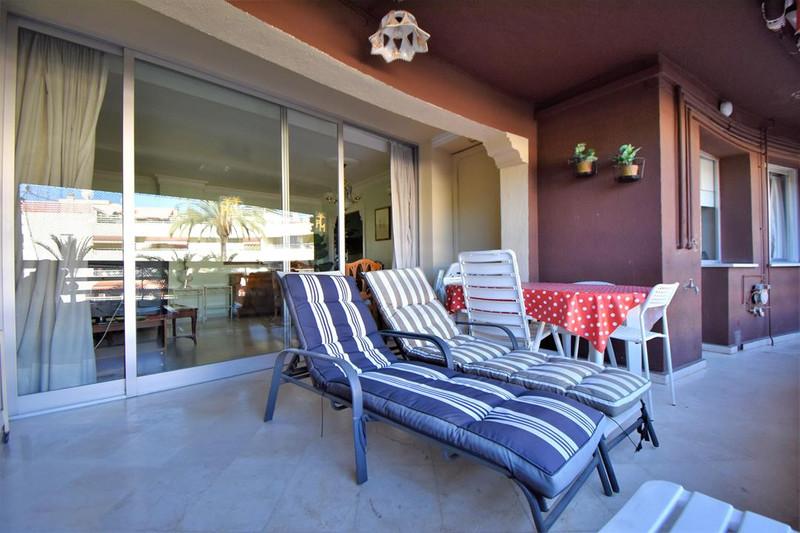 Apartamento Planta Media en venta en Marbella – R3225673