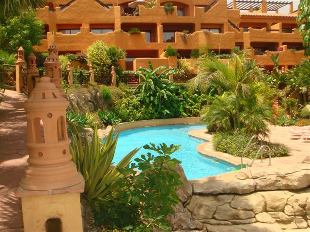 AN EXCELLENT, MIDDLE FLOOR, 2 BEDROOM, 2 BATHROOM APARTMENT IN CANCELADA. REDUCED PRICE!!  The apart, Spain
