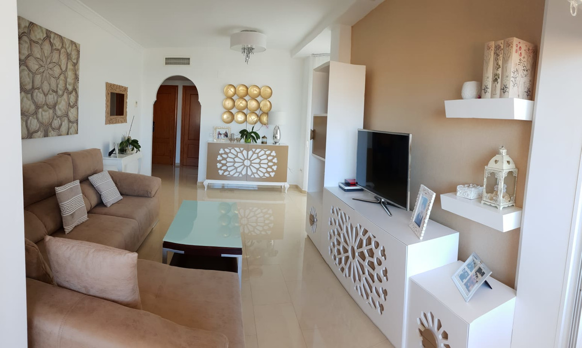 Beautiful apartment in Los Pacos. It consists of 2 bedrooms, 2 bathrooms, living room, kitchen, larg,Spain