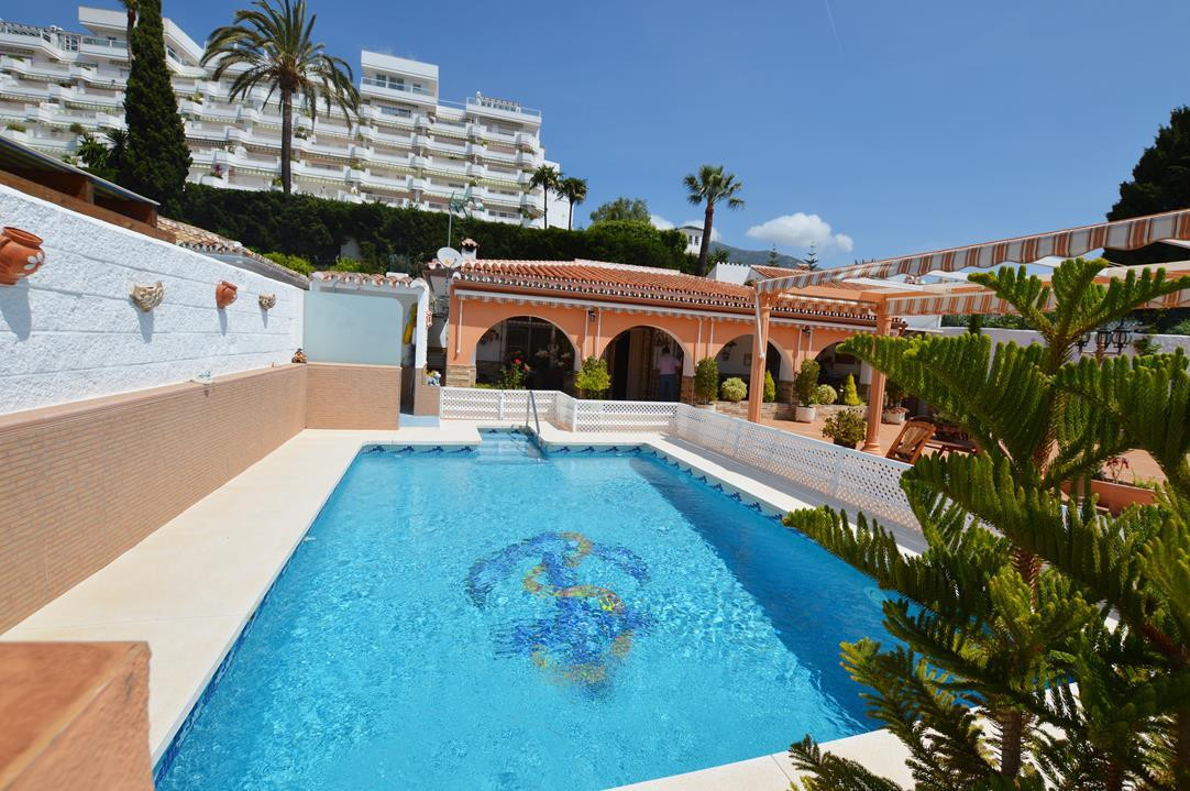 RENOVATED 3 BED VILLA IN TORREBLANCA WITH INCREDIBLE VIEWS AND OUTSIDE SPACE   This traditional 3 be,Spain