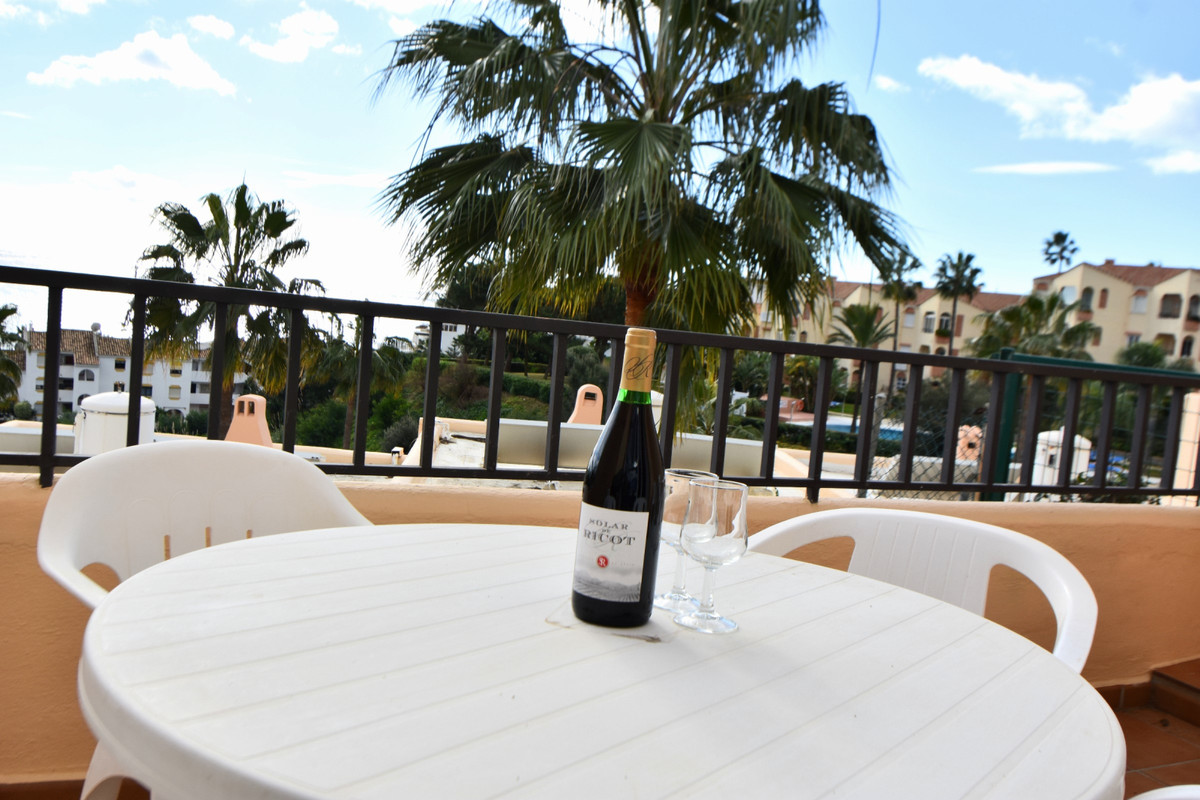 "Modern, spacious studio situated on the popular Club la Costa Marina del Sol resort!  This unit offers air conditioning throughout (heating and cooling), easy parking, private balcony with sea views, fully equipped kitchen, spacious lounge area and comfortable double bed!  You have full use of the facilities on the urbanisation which includes multiple swimming pools (there is always a heated pool in Winter months as well), various shops, a bakery, bars (with entertainment on) and several fantastic restaurants! During the summer and school holidays there will be a Childrens Camp celebrated and yes, your children can participate after paying a small extra fee to reception! Outside of school holiday periods and Summer, the childrens club is not available.  There is a small free to use ""train/bus"" service running around the complex, meaning it's easy to get about. The house is located just a few minutes walk from the beach and main bus route between the resort towns of Fuengirola and la Cala de Mijas as well!  **We have 4 studios in this same block of Club la Costa, so if you are a larger group, up to 16 guests can be accommodated (recommended 8 adults 8 kids) at the same time, in the same place!! We also have two 4 bedroom houses available for rent in the same section of Club la Costa around the corner (using the same pool) and another 1 bedroom apartment a couple minutes walk away. We have accommodation therefore for groups of up to 36 guests on Club la Costa within a couple minutes walk of each property. Note that this is availability dependent as each unit is also rented individually for different periods.**     Centred around beautifully planted and intensely colourful sub-tropical gardens and beautiful swimming pools.  Across the many restaurants found on our family resorts in Fuengirola, the presentation skills of our culinary experts ensure dishes are a feast for the eyes, not just the taste buds.  For relaxed, casual dining there's nowhere better than Zacary's Restaurant & Cocktail Bar. From soups and salads to burgers and vegetarian lasagne, there's something for everyone. There's also an all-day pizza menu which is served at the table or can be ordered to take away.  Even if you choose to dine out at Safari restaurant, or Sam's Pantry instead - all eateries at Club La Costa World are family-friendly and cater for even the pickiest of palates.  not only does the resort have an indoor fitness suite, complete with cardio and weight equipment, we have an aerobic studio and to help you unwind and relax after your workout, the resort also has a sauna and a full list of indulgent treatments to choose from.*  * A small fee applies to use the gym, payable at reception areas.  While we understand that spending quality time with the kids is at the heart of any memorable family holiday, should you wish to have some downtime of an evening, Team Marina is to hand. We offer supervised fun as part of our Miniclub for 4-11year olds, and for the olders ones there's Waves, with VR, PS4 and super-fast Wifi, so parents can rest assured their youngsters are being looked after and enjoying their holidays to the full. Our team of entertainers also organise everything from a mellow game of mini-golf or Flamenco dance classes, to aqua sports and cabaret nights.  Activities and timetable vary depending on the time of year.  From an indulgent aromatherapy massage to feasting at Zacary's Restaurant & Cocktail Bar, CLC Marina del Sol has a full range of resort activities that will appeal to everyone. Younger members of the family will love the Kids' Club, splashing around in the children's pool, and the resort road train. For guests preferring to relax away from the bar, terrace and restaurant - get ready to take in the stunning views of the Mediterranean coastline.  Situated next door to Marina del Sol reception is Sam's Pantry, a shop selling a wide range of sundry items, newspapers, magazines and a selection of food and drinks.  There is a small bus/train which runs around the resort and you are able to jump on and off it at will, an easy way to get around and visit the various restaurants dotted around the site.  Nearby you also have the main bus route running between Fuengirola and Marbella, also stopping at popular towns like la Cala de Mijas!  License Nº: CTC-2019013726"