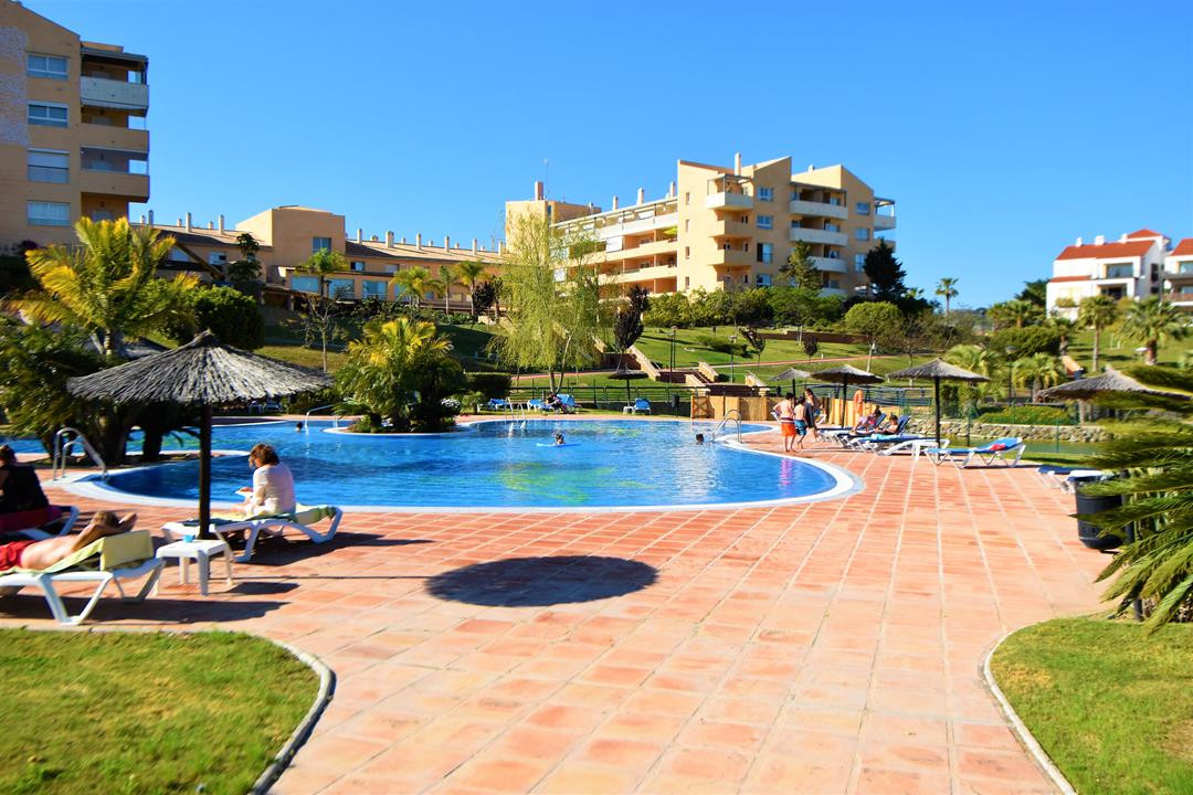 Apartment in Alhaurín de la Torre R3180907 13