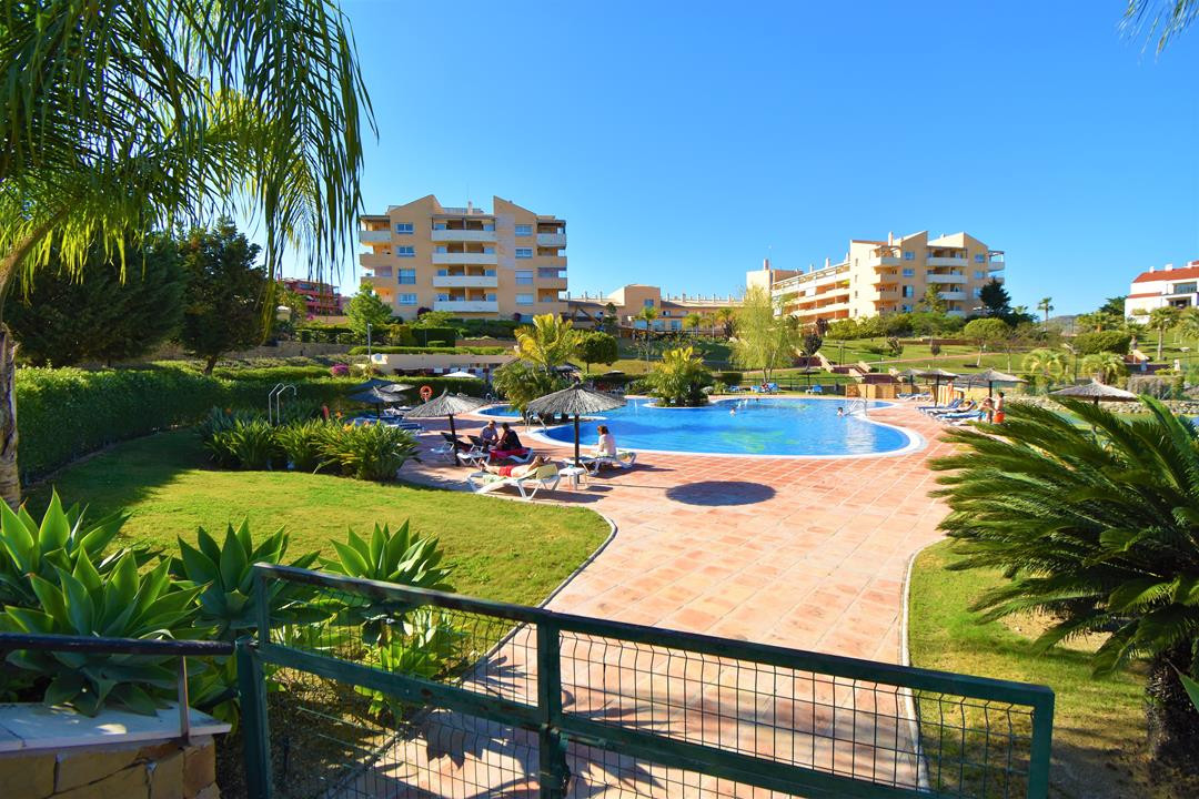 Apartment in Alhaurín de la Torre R3180907 14