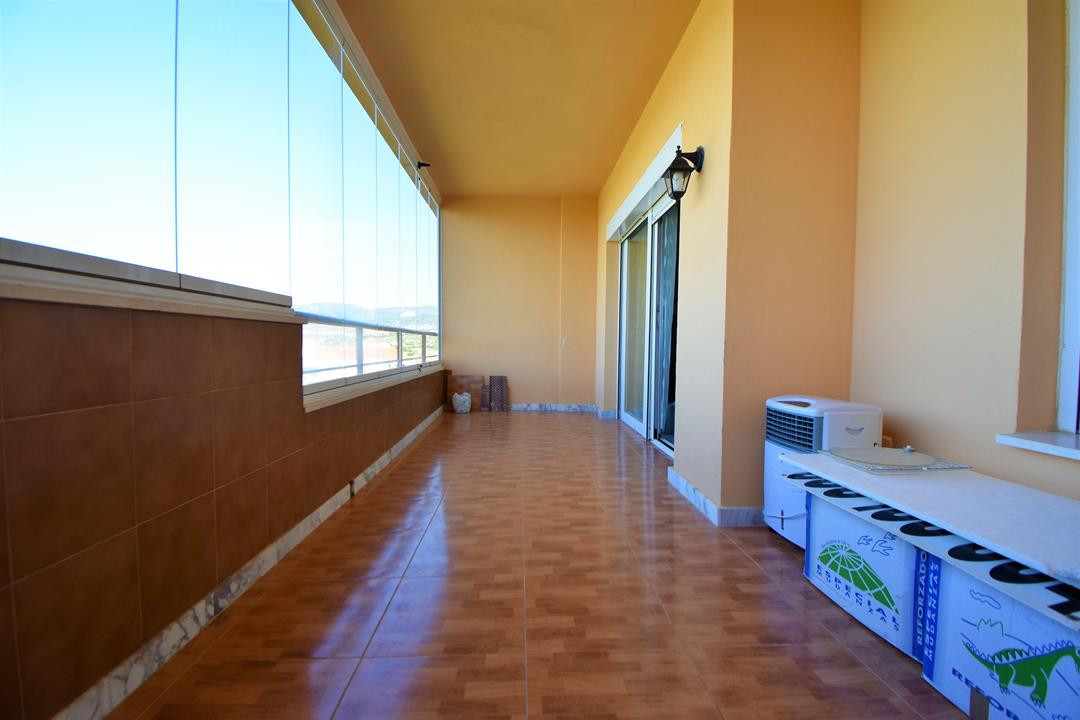 Apartment in Alhaurín de la Torre R3180907 2