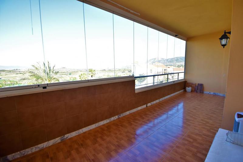 Middle Floor Apartment in Alhaurín de la Torre for sale
