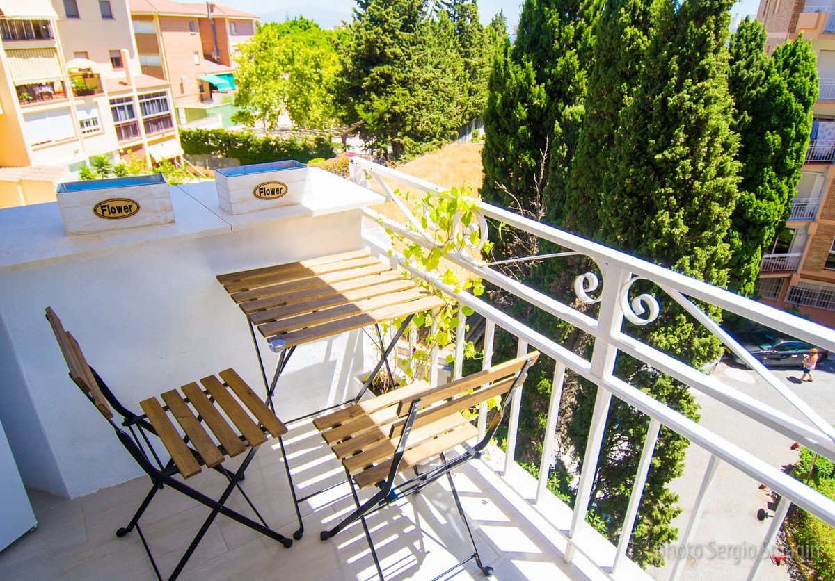 Nice apartment in Benalmadena. Completely renovated, consists of 2 bedrooms, 1 bathroom, spacious an,Spain