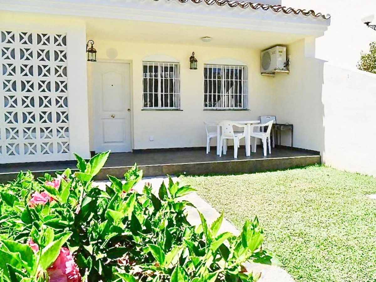 INCREDIBLE TOWNHOUSE WITH PRIVATE GARDEN AT THE BEST PRICE         This property has a private garde, Spain
