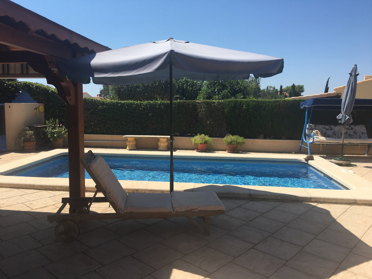Charming country house located in a look after of Busot, at only 12 minutes from El Campello.  This ,Spain