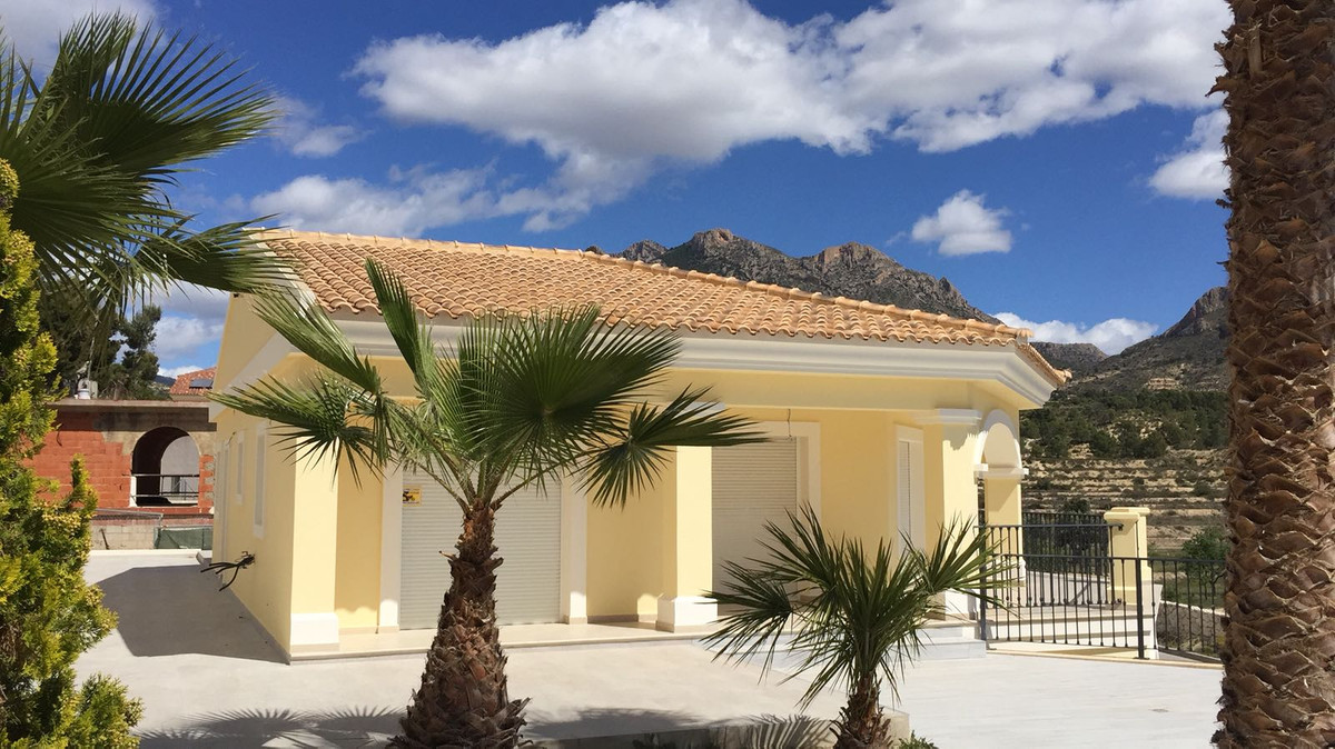 Brand new, luxury, detached Villa in Busot, Costa Blanca. Classic style 4 bedroom villa built over t, Spain