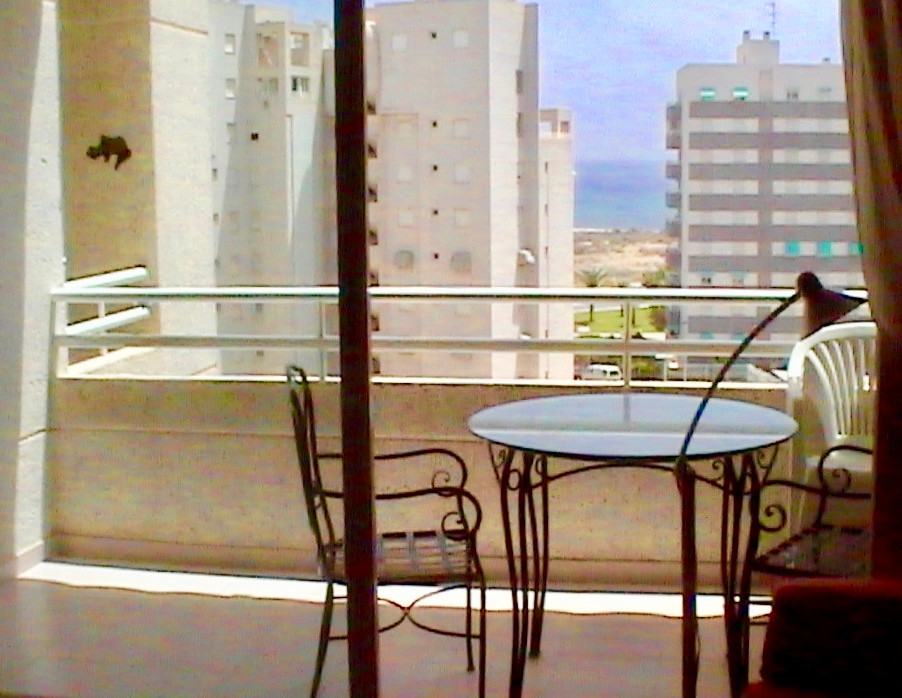 Nice and bright apartment recently renovated in one of the best areas of El Campello just 200 meters,Spain