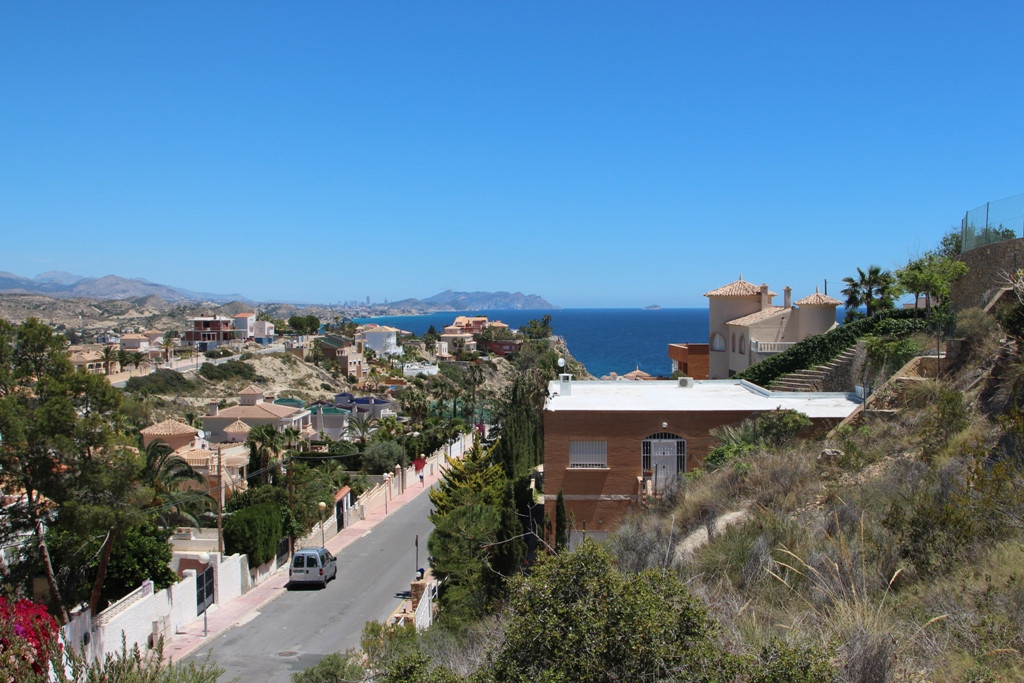 Charming, Sea View, Newly refurbished, Detached Villa, El Campello, Costa Blanca. 2 Bedrooms, 2 Bath, Spain
