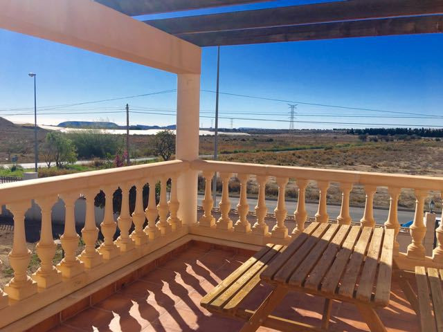 Imposing, south-facing villa in residential area in Muxchamiel with open, far-reaching views of Alic,Spain