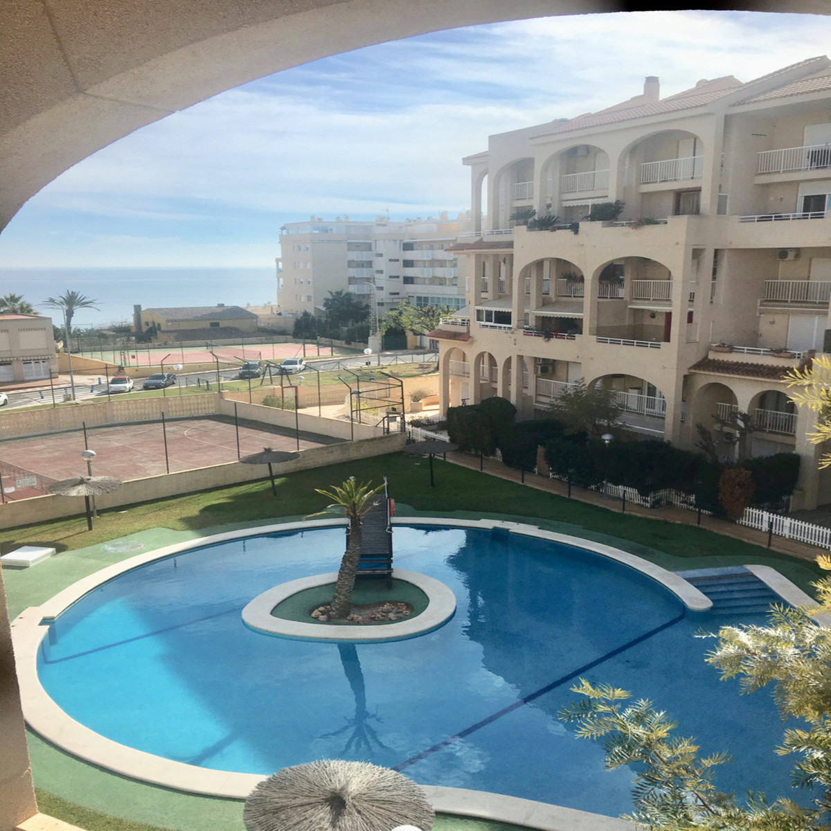 OPPORTUNITY 300 METERS FROM THE MUCHAVISTA BEACH!  Duplex with garage and storage room in Urb. La Co, Spain