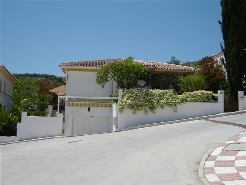 Picture of property for sale in Monda