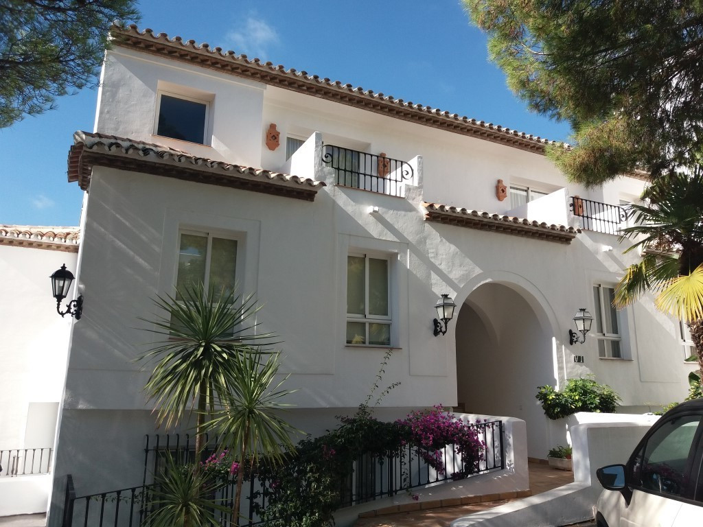 Best property in La Quinta Eagles Village. Duplex penthouse with the best location within the urbani, Spain