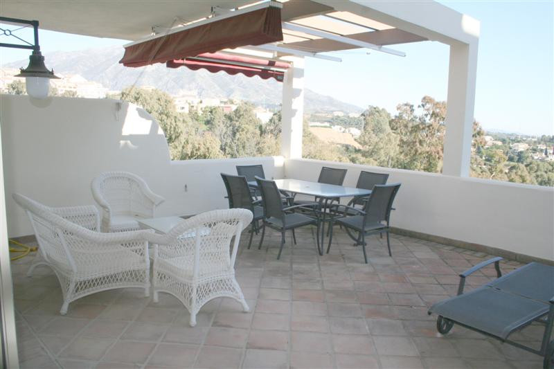 Nice apartment in one of the best blocks of this urbanisation because of the great views and privacy,Spain