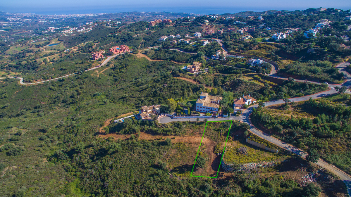 Plot/Land for Sale in La Mairena, Costa del Sol
