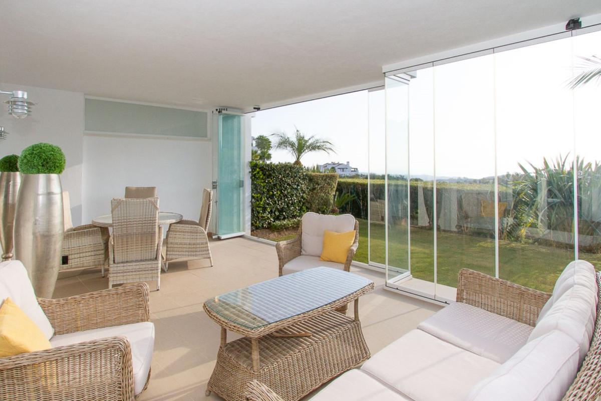 Marbella Banus Apartamento Planta Baja en Venta en La Mairena – R3577555