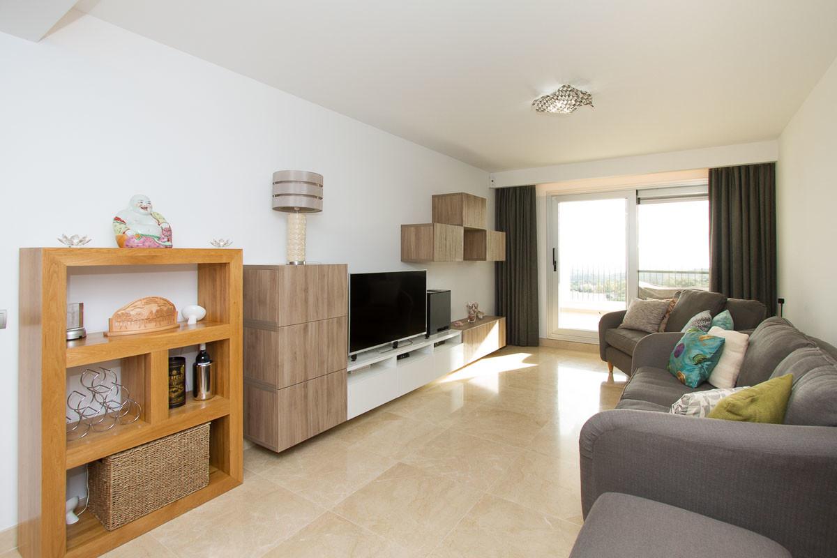 Marbella Banus Apartamento Planta Media en Venta en La Mairena – R3331879