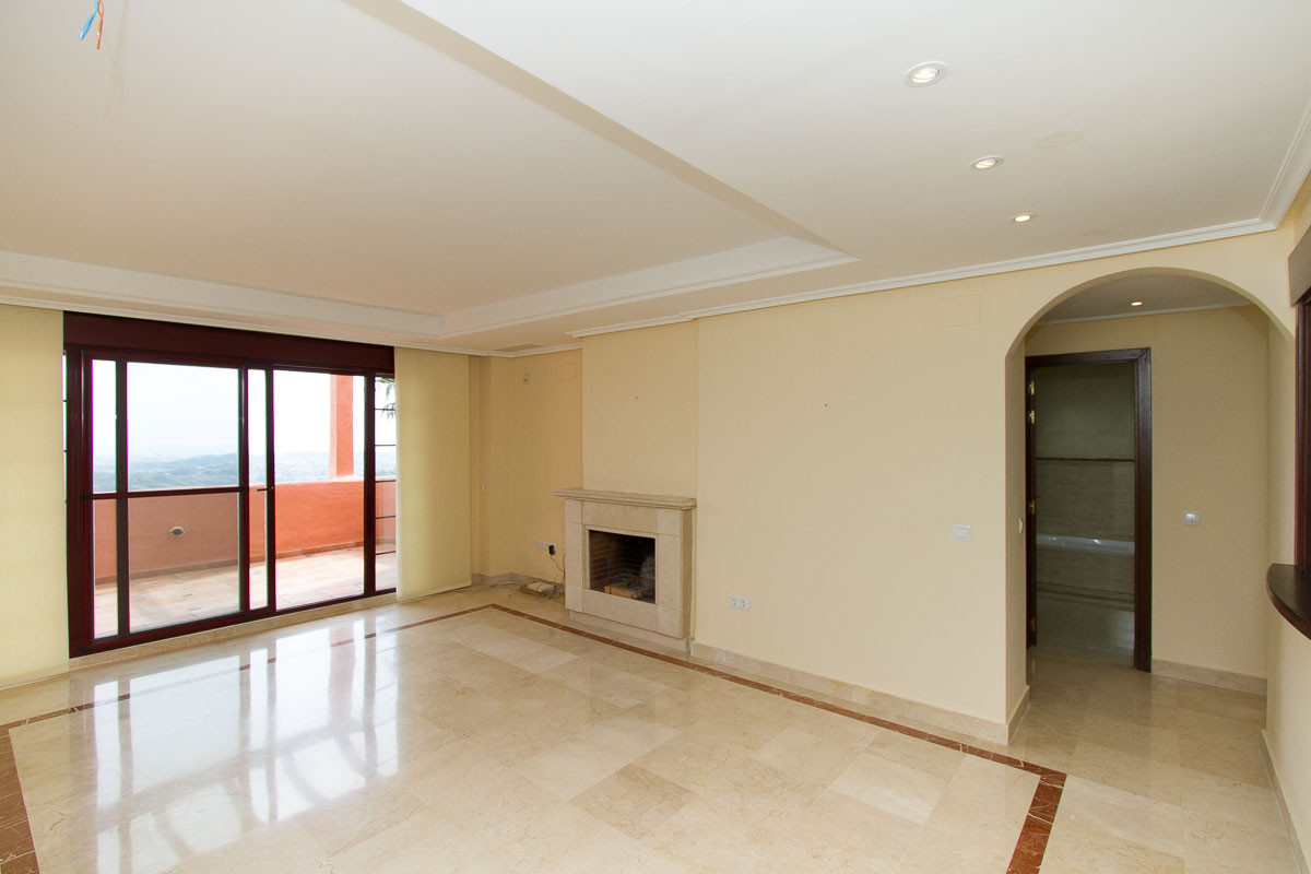 Apartment, La Mairena, 349.000