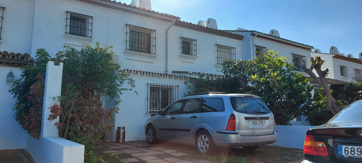 House - La Duquesa - R3810538 - mibgroup.es