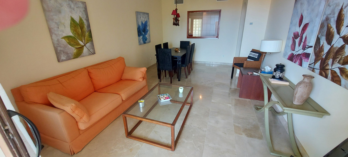 Apartment  Middle Floor 													for sale  																			 in La Duquesa