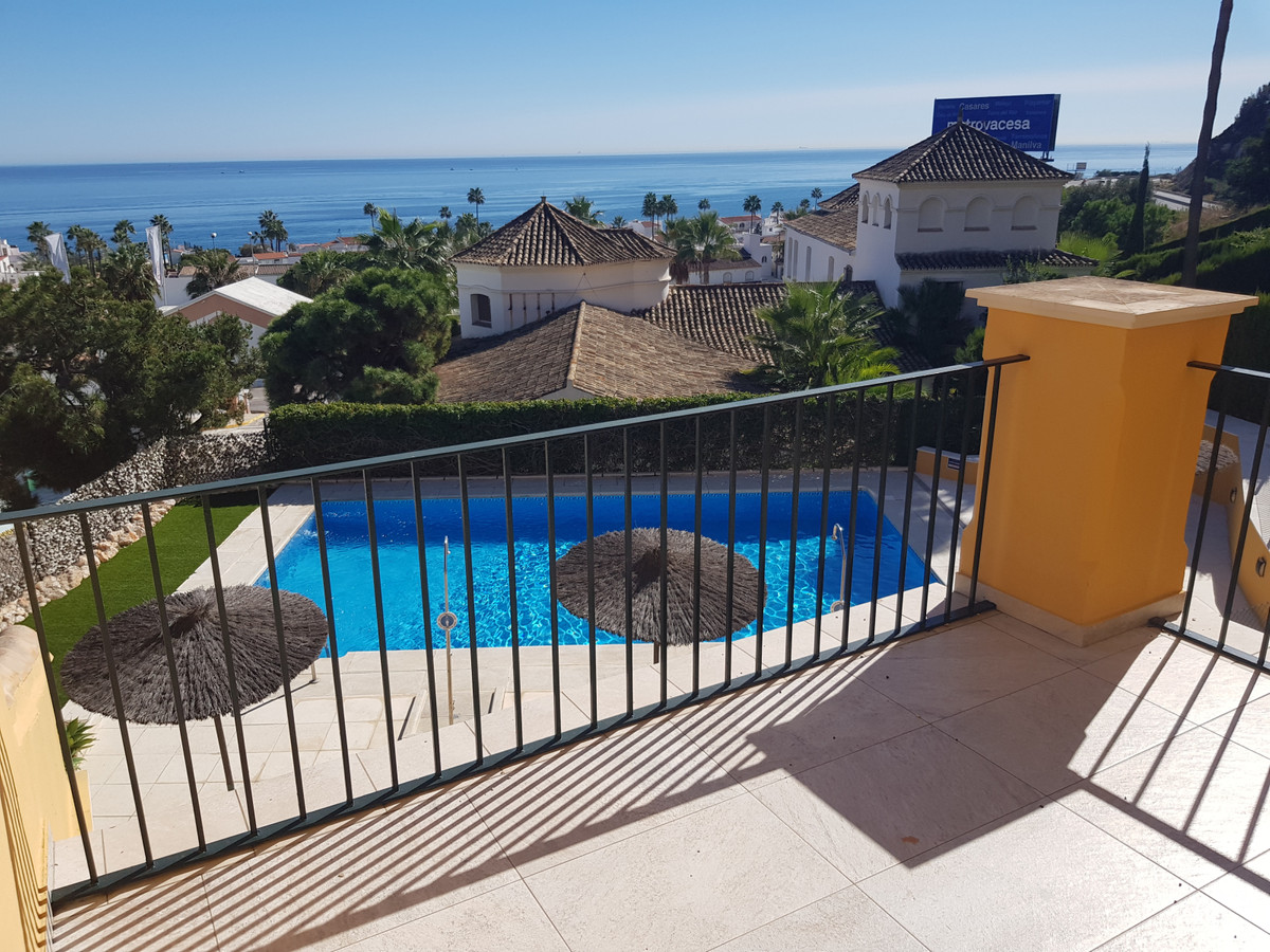 Small development of only 21 apartments, only 5 minutes walk to the beach. Middle Floor Apartment, L,Spain