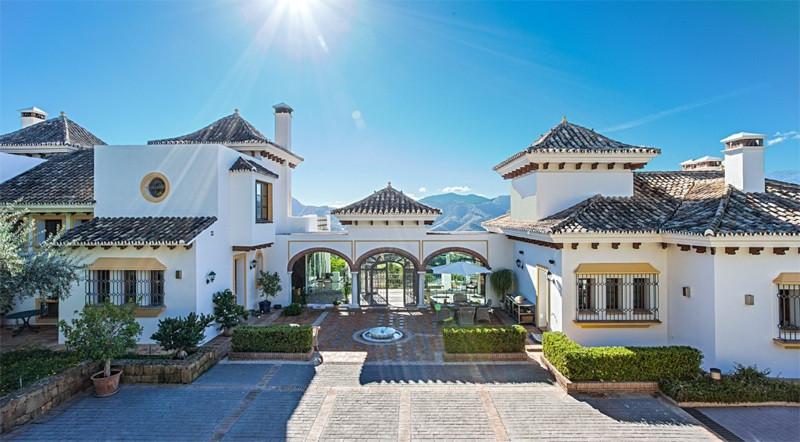 Marbella Banus Villa – Chalet en Venta en La Zagaleta – R2497187