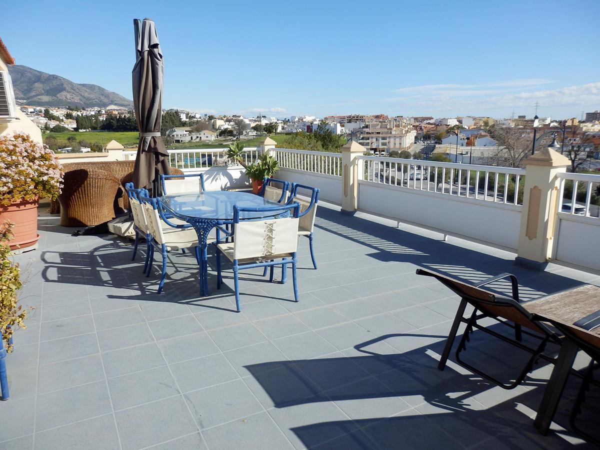 Villa, Pareada  en venta    en Mijas Costa