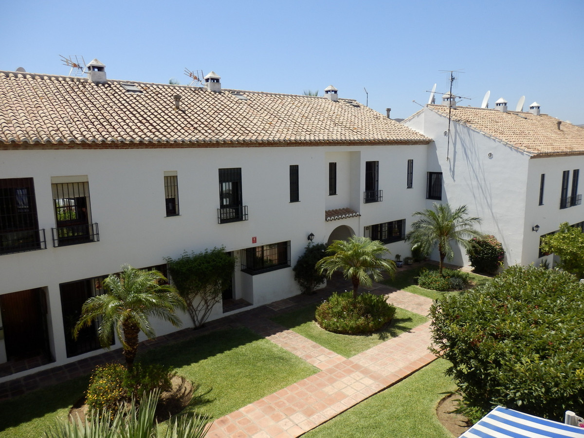 1 bedroom apartment in cosy andalusian style complex in Mijas Golf. Spacious lounge with a great siz, Spain
