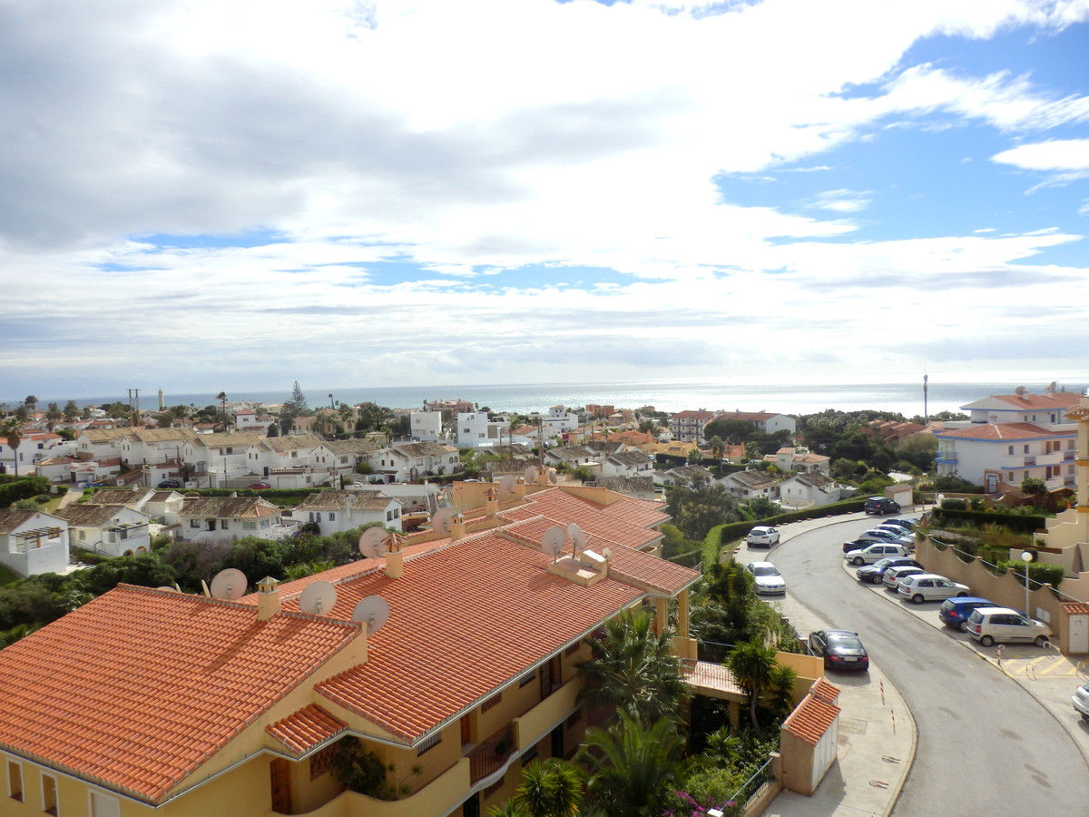Apartment with sea views in Colinas del Faro. 12sqm  terrace South facing, with magnificent open vie,Spain