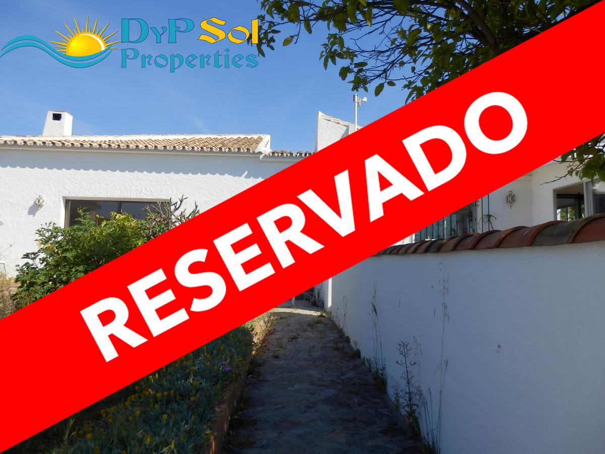 Detached Villa in Riviera del Sol R3419752