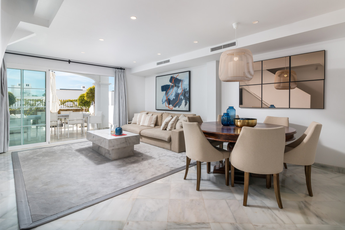 Townhouse  Terraced for sale   in The Golden Mile