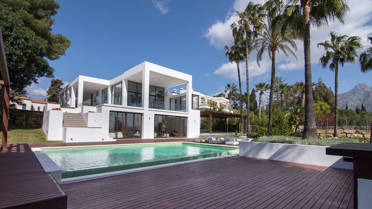 6 Bedroom Detached Villa For Sale Marbella