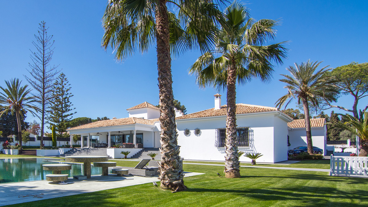 7 Bedroom Detached Villa For Sale Marbella