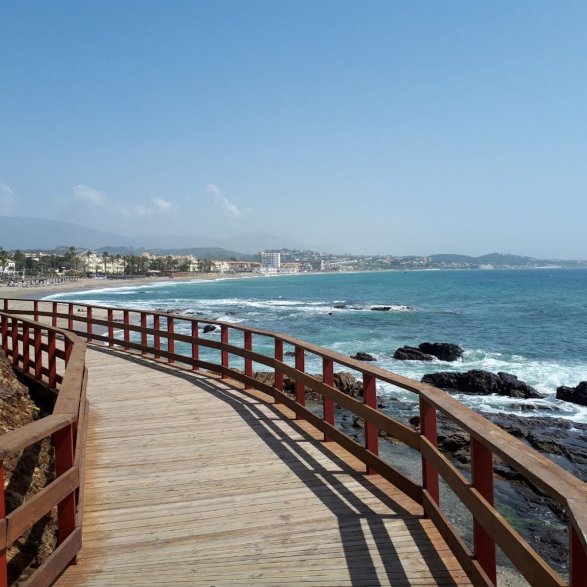 Great opportunity to acquire two properties with high rental yield for its location!  The properties,Spain