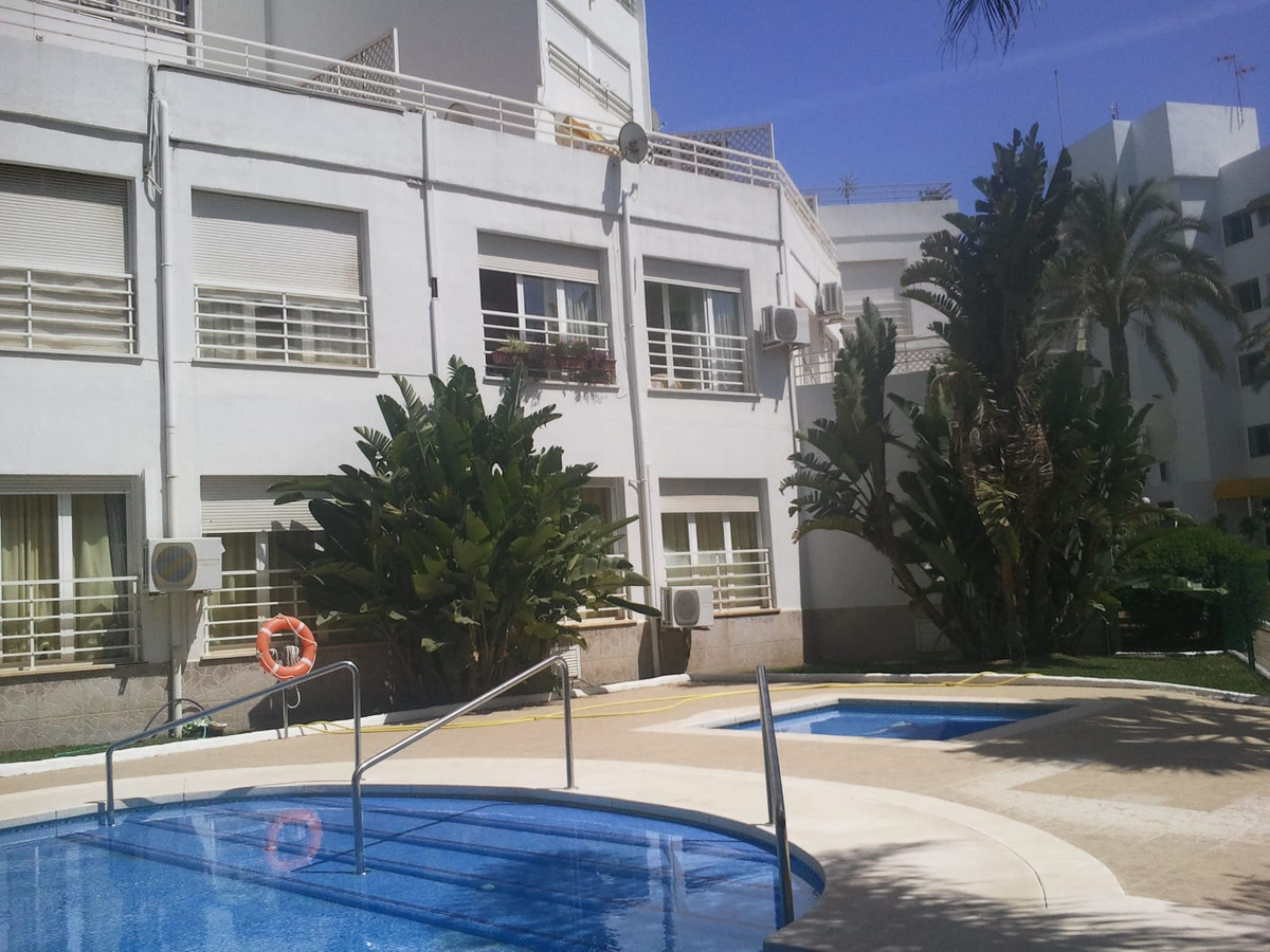 Apartment for Sale in Calahonda – R3771748