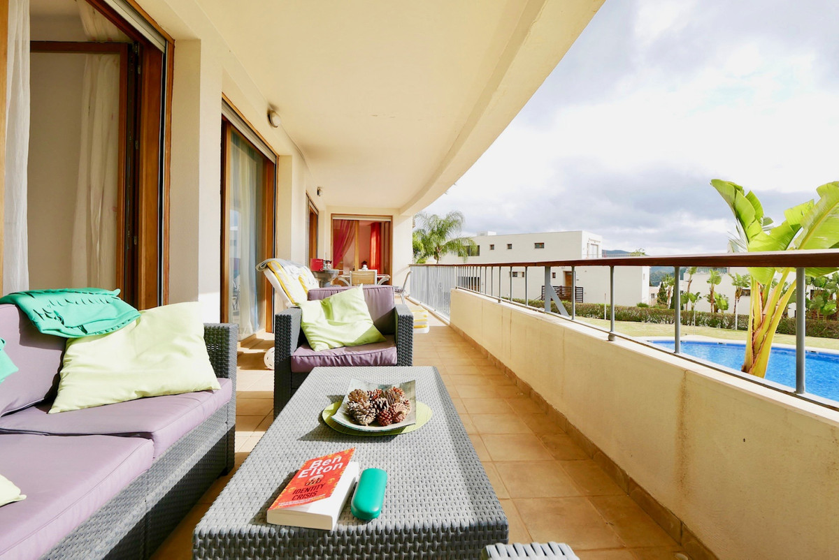 This is a modern, high quality 3 bedroom and 3 bathroom apartment in a top Marbella location. This p,Spain