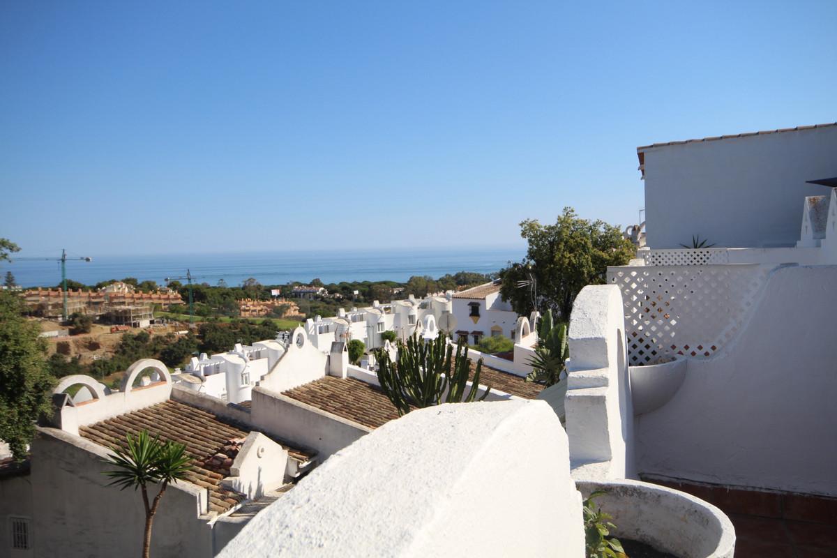 Marbella Banus Apartamento en Venta en Reserva de Marbella – R3664100