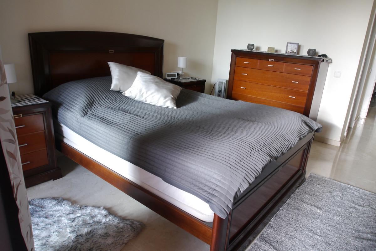 Apartamento en Venta en Calahonda – R3600719