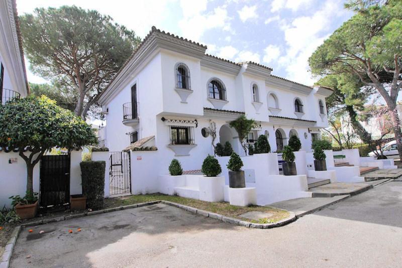 Immobilien Puerto de Cabopino 3