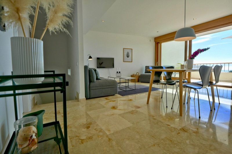 Middle Floor Apartment in Altos de los Monteros