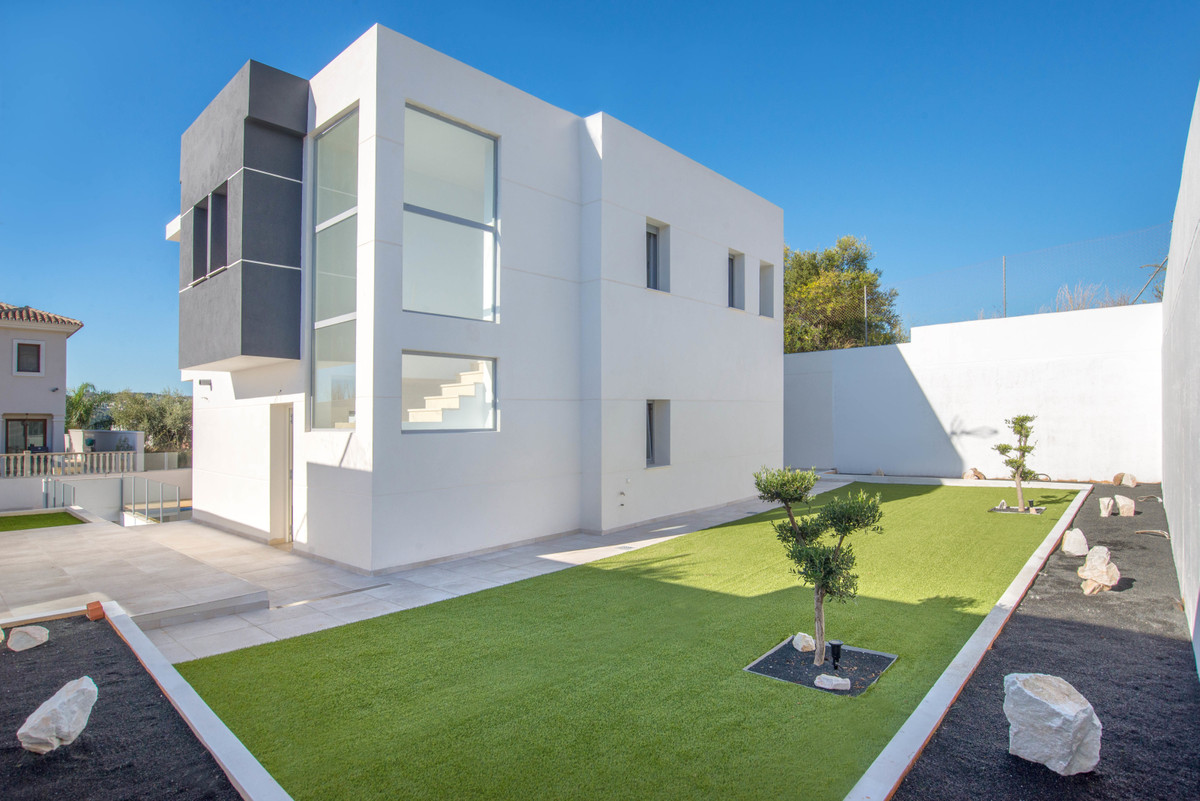 FANTASTIC OPPORTUNITY !!!  This magnificent property, built with the best qualities, is a great oppo,Spain