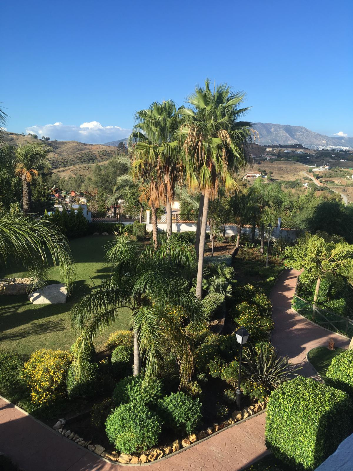 Property located in the upper part of Cala de Mijas with fabulous views of the golf course and the s, Spain