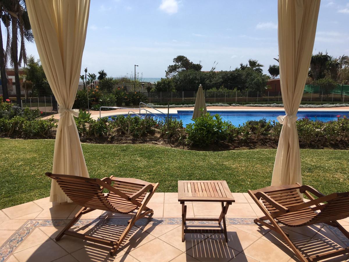Marbella Banus Apartamento en Venta en Elviria – R3771742