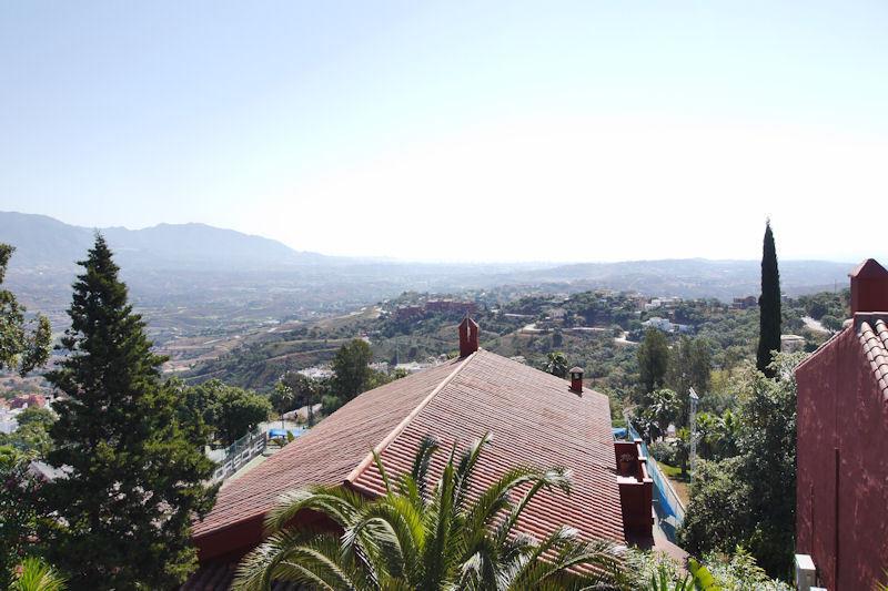 Adosada en Venta en La Mairena – R2440847