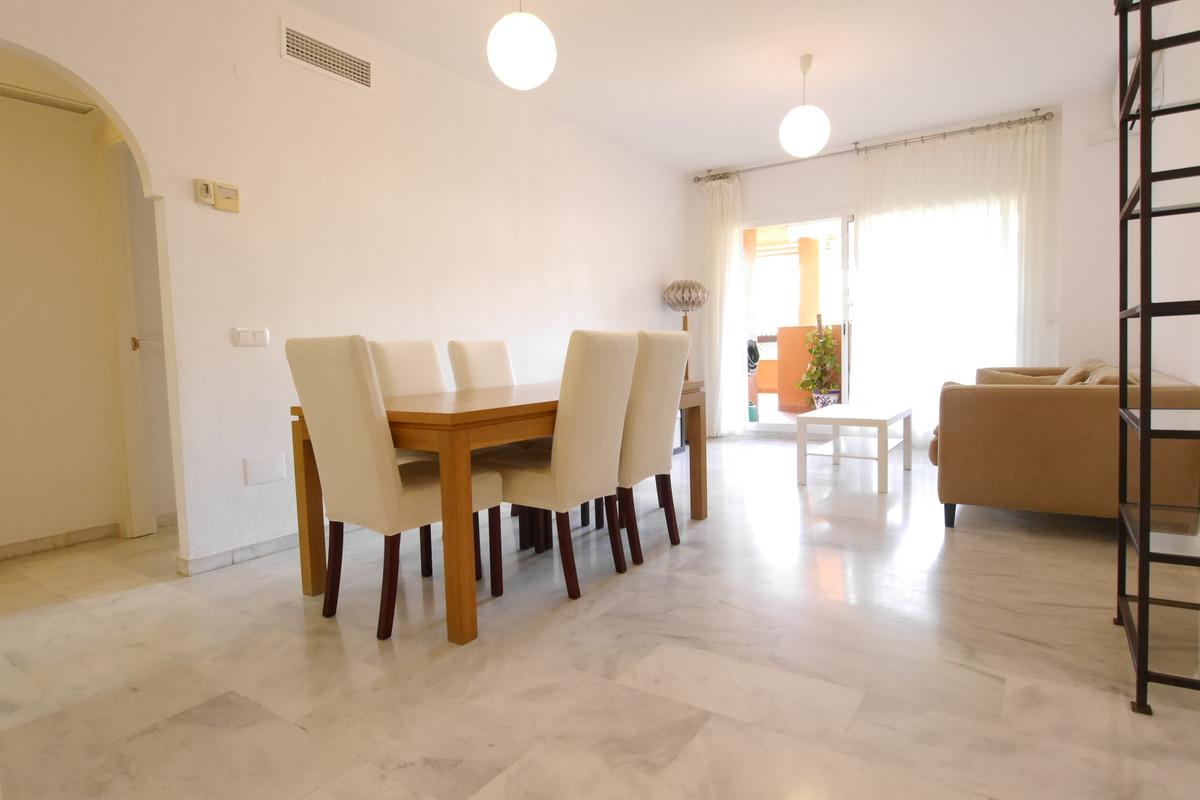 Marbella Banus Apartamento en Venta en Marbella – R3799609